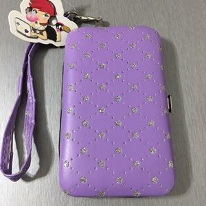 Accessories - Universal Cell Phone Case (102)